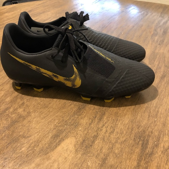 Nike Other - Nike phantom venom soccer cleats size 8.5 gold